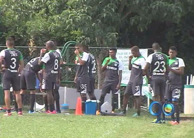 Deportivo Cali aspira corregir errores en defensa ante Atlético Junior