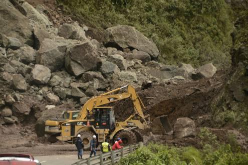 Se confirma muerte de dos colombianos por derrumbe en Ecuador