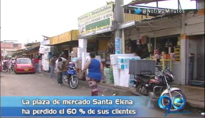 Vendedores de galería Santa Elena, inconformes con ventas informales