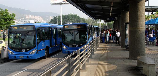 En Cali ya están rodando 758 buses del MIO