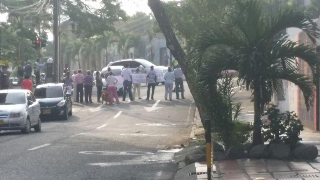 Habitantes de El Peñón protestaron por los cambios viales