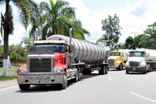 Se levantó el paro camionero tras acuerdo entre las partes