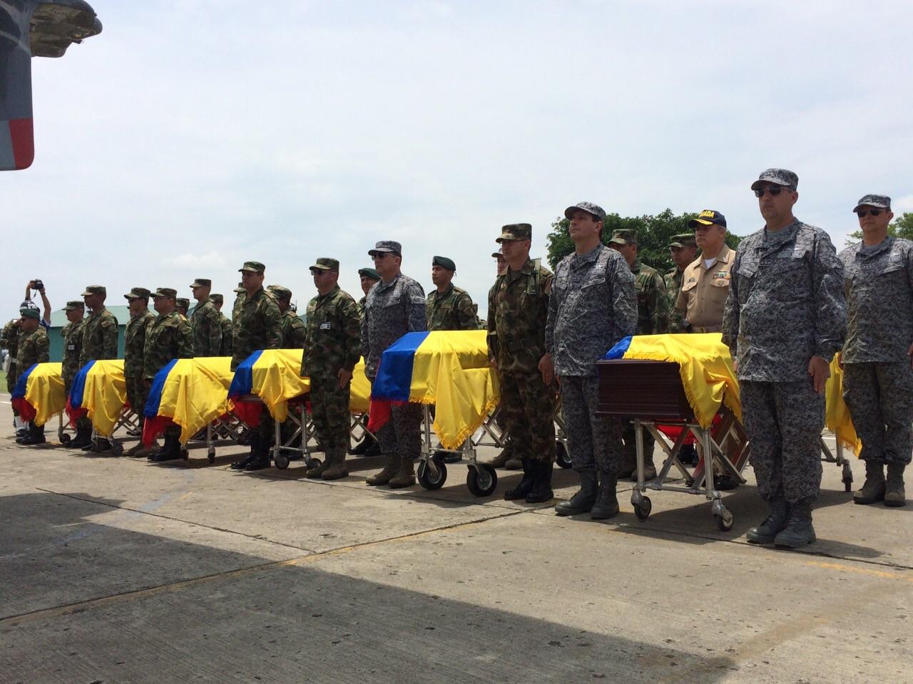 Con honores, fueron despedidos militares muertos en atentado