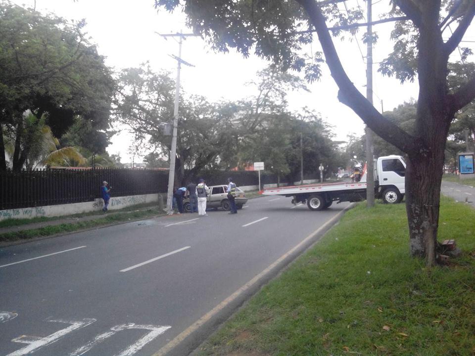 Un muerto y cuatro heridos dejó accidente vehicular