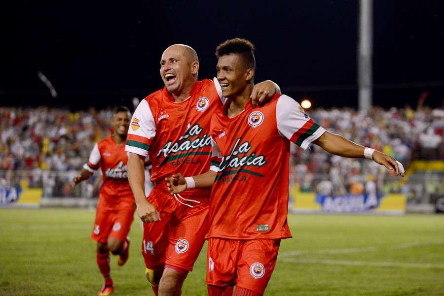 Cortuluá y Deportes Tolima empataron a un gol en el estadio Doce de Octubre