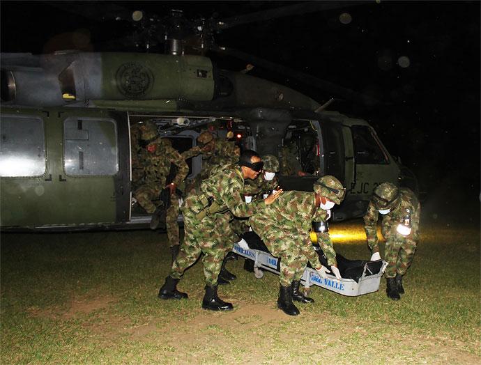 Diez militares muertos y once heridos dejó ataque de las Farc en el Cauca
