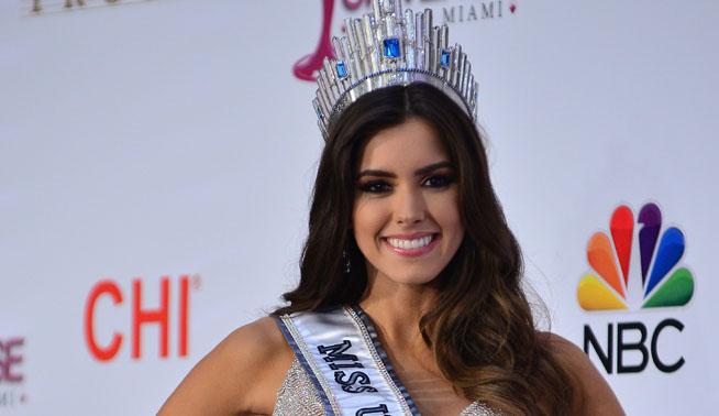 Video: Miss Universo  no tiene  límites  para ayudar