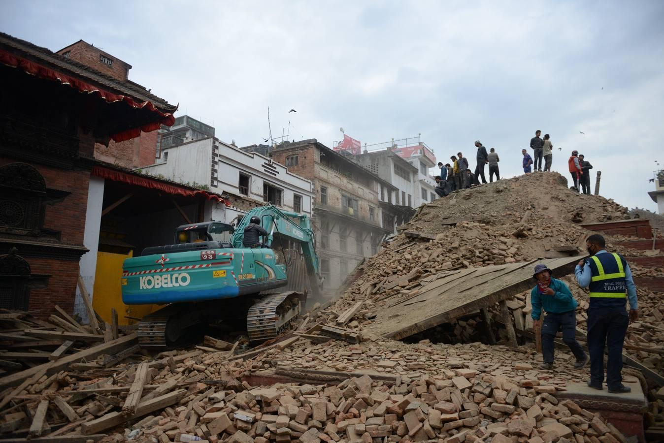 Países latinoamericanos buscan compatriotas en Nepal