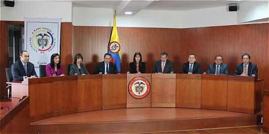 Corte Constitucional fijó sentencia de megapensiones