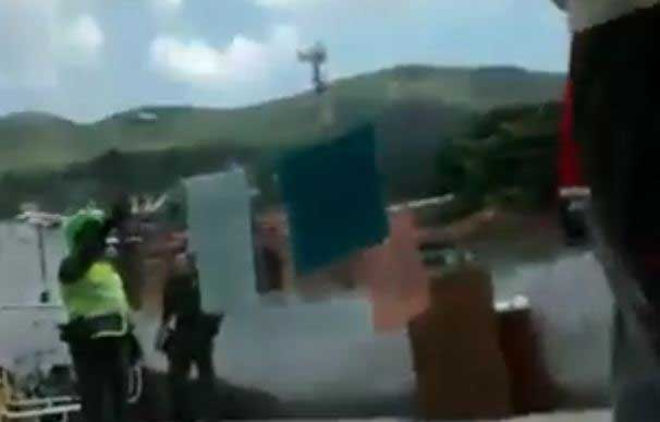 Video: Denuncian posible abuso policial de comuneros en Yumbo