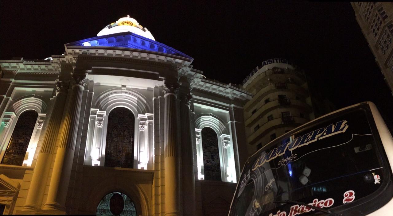 Más de 80 transportadores se tomaron la Catedral de Cali