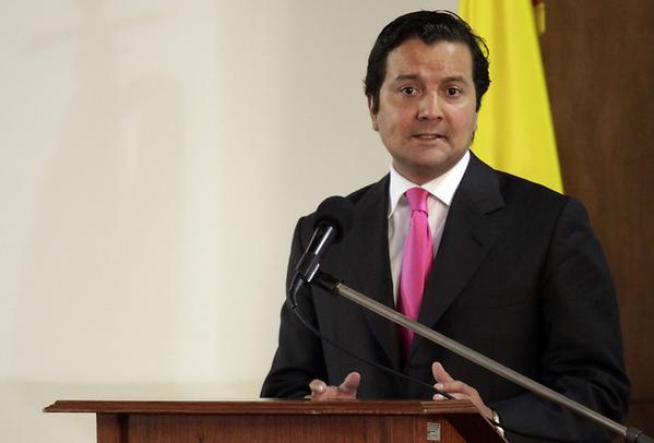 Tras renuncia del Min TIC, David Luna tomará el cargo
