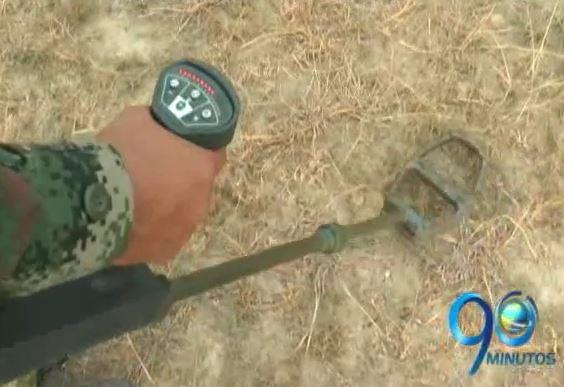 Retiran material explosivo de un batallón en el norte del Valle
