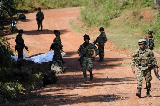 Abren investigación a 9 militares por ataque de las Farc en el Cauca