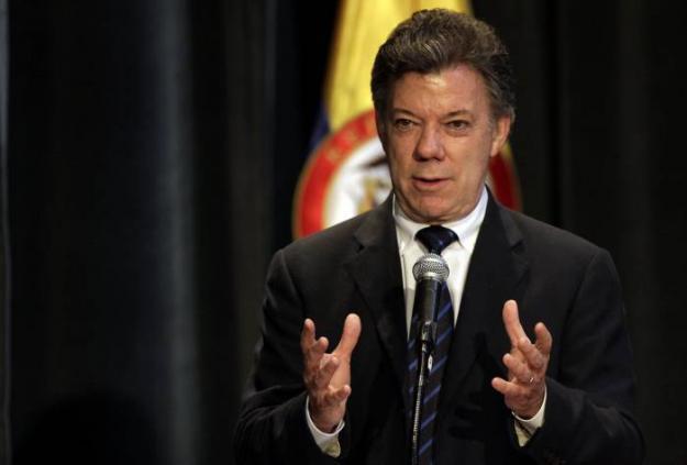 Santos anunció millonarios recursos para educación en la región Pacífico