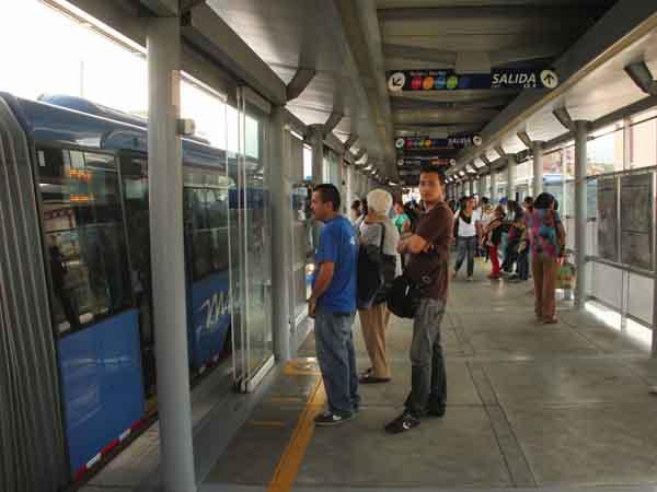 540 puertas automáticas de estaciones del Mío deben ser reparadas