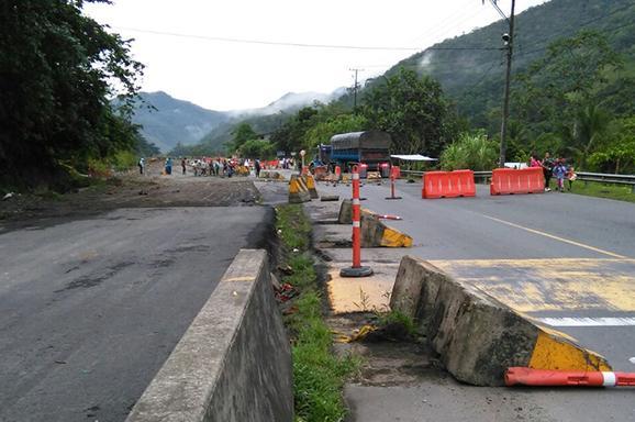 Indígenas bloqueron la vía Loboguerrero-Buenaventura