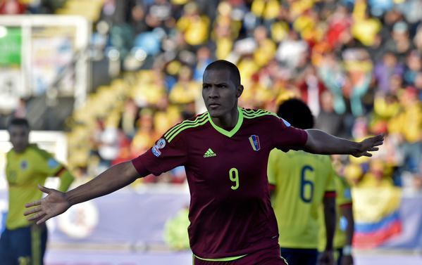 Colombia se vio sorprendida y perdió en su debut contra Venezuela