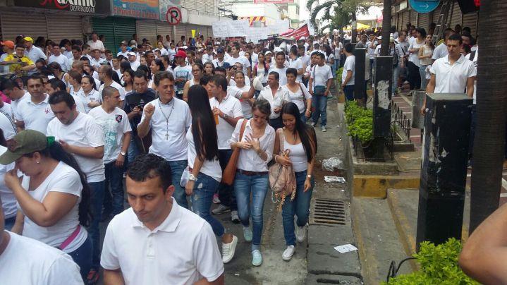 Comerciantes protestaron por la Ley Anticontrabando