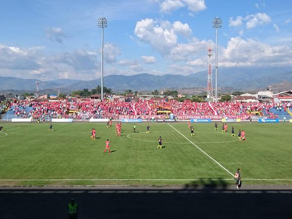 América inició el segundo semestre del Torneo con goleada a Bogotá
