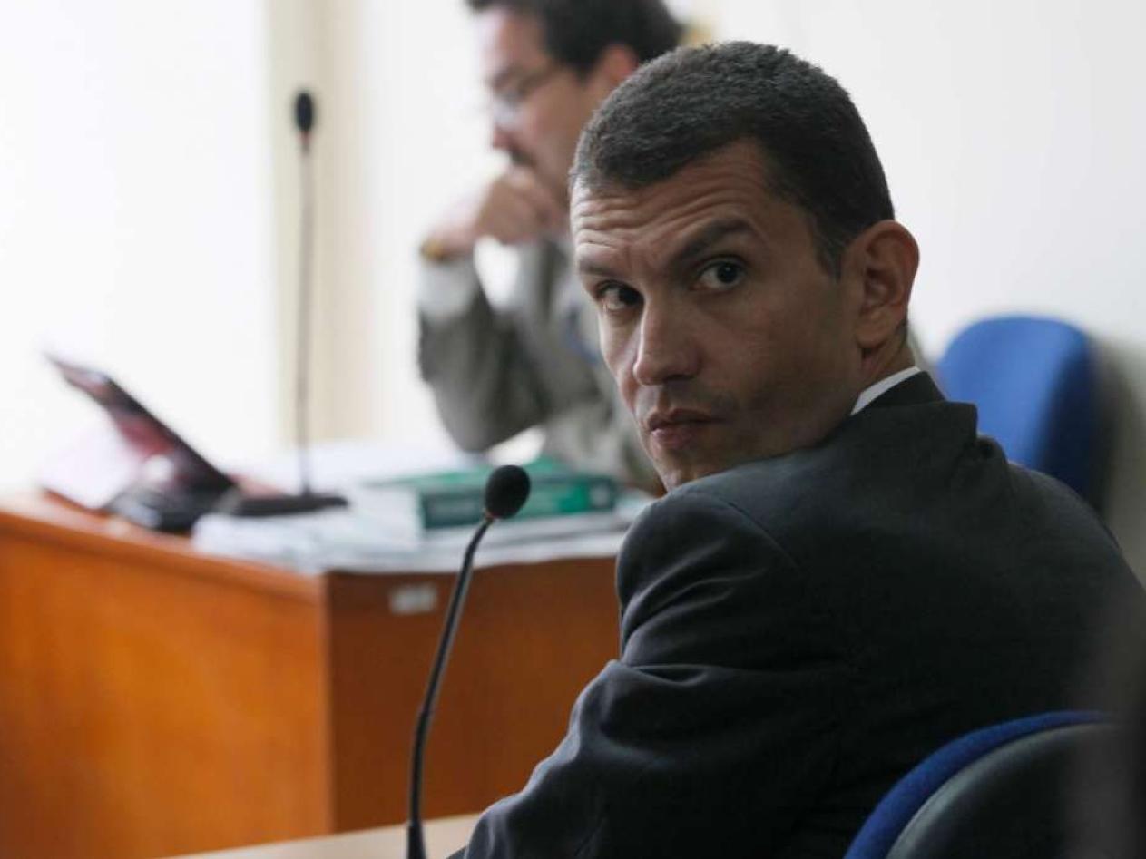 Fiscalía investiga la relación entre Emilio Tapia y 'El Loco Barrera'