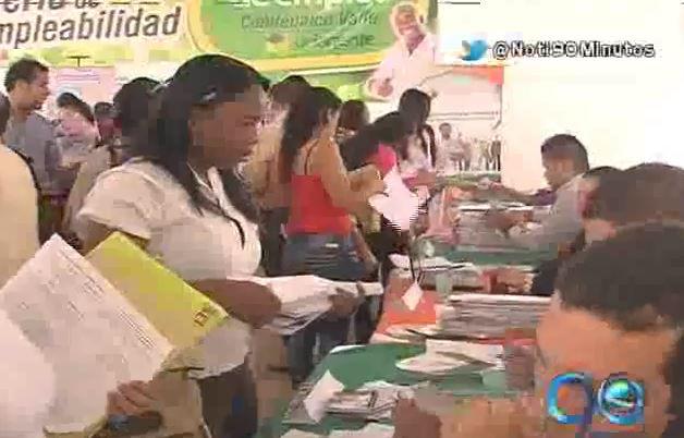 Gran afluencia de público a la Feria del Empleo organizada por Comfenalco