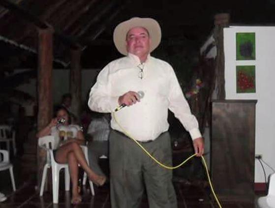 Folclorista mató a su hija, un Policía y se suicidó en Granadas, Meta