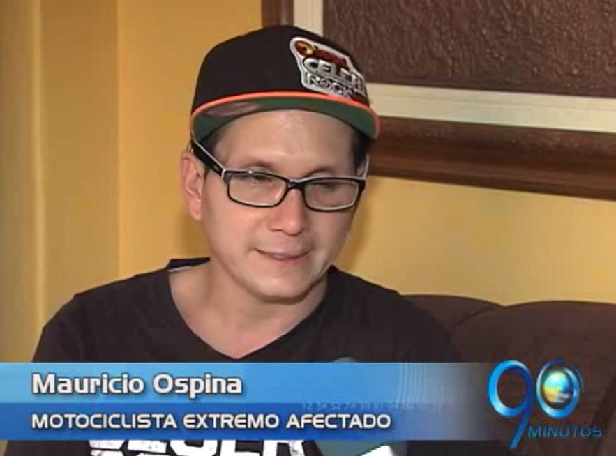 El motocrosista Mauricio Ospina, buscará recursos para continuar su carrera