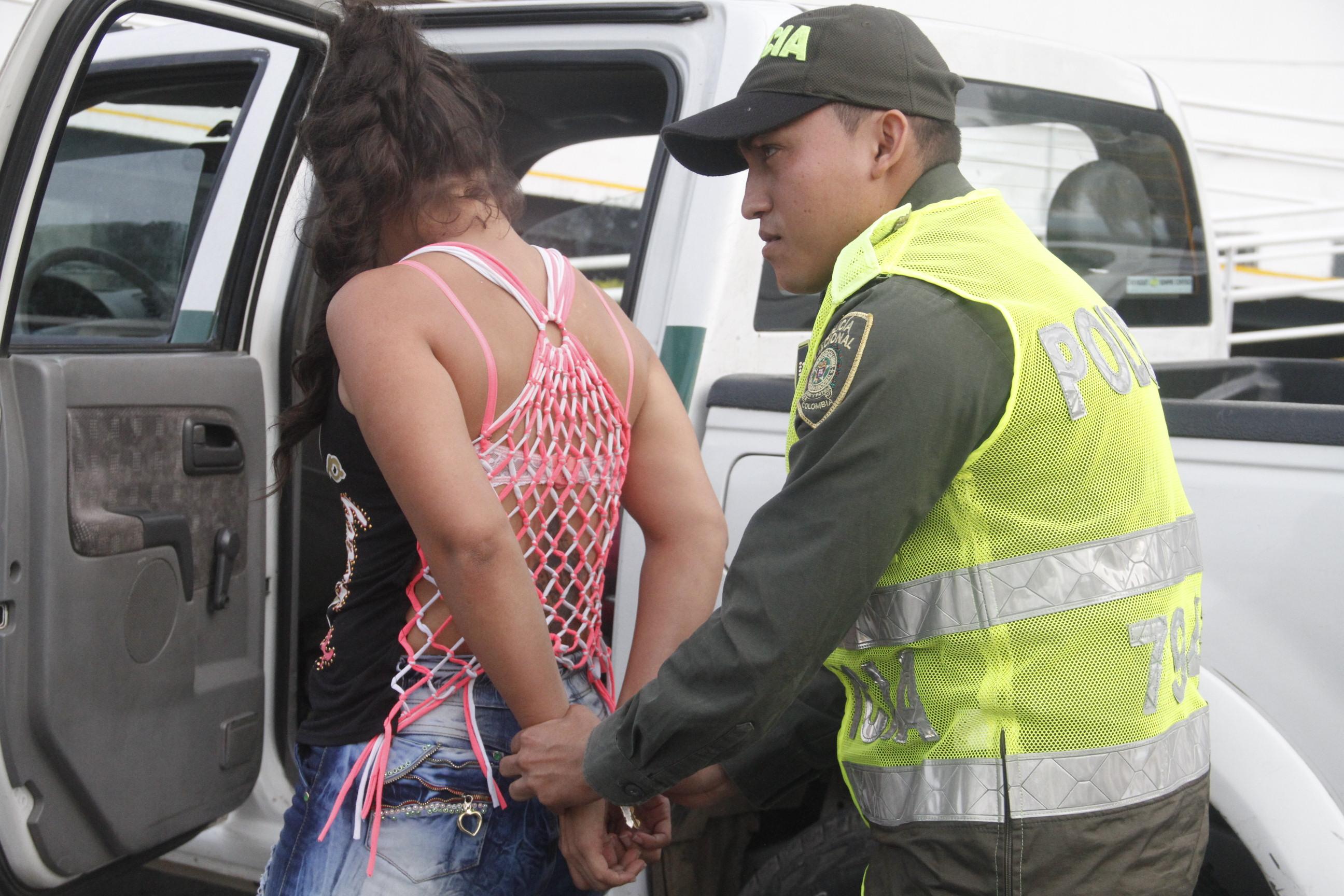 Policía capturó a una mujer que hurtó un local comercial en el norte