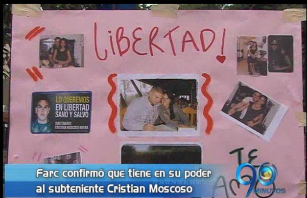 Con plantón, familia de subteniente Moscoso exige su liberación