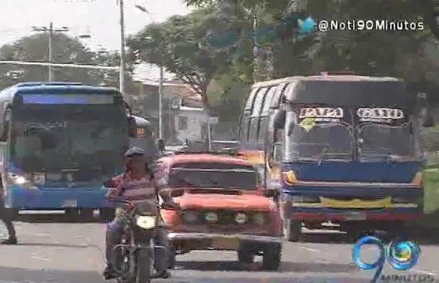 Aplazan la salida de 363 buses tradicionales de las calles de Cali
