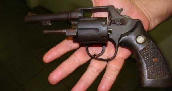 Tres menores portadores de armas fueron aprehendidos en Buenaventura