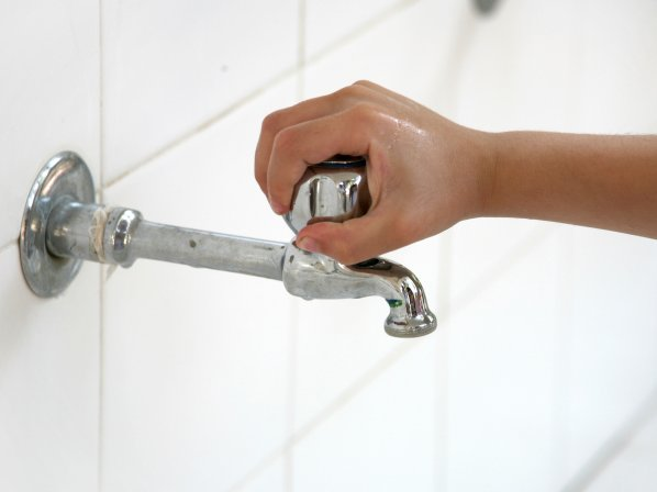 Dagma reactivará restricciones en uso del agua