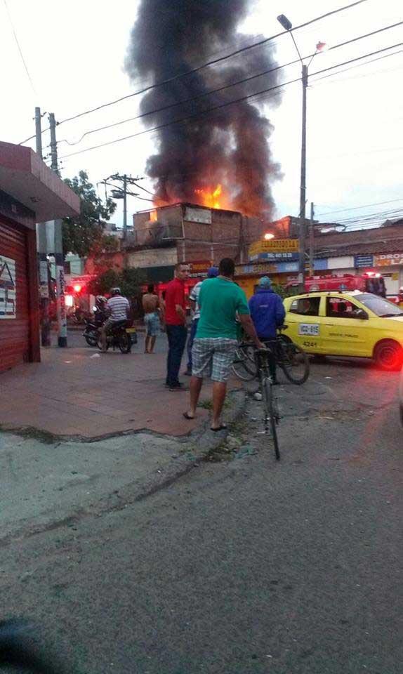 Explosión en fabrica de químicos en Cali afectó 15 viviendas
