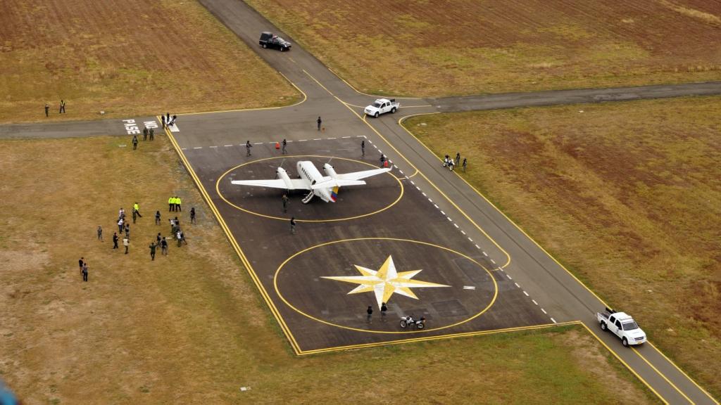 Colombia y Ecuador realizan primer ejercicio binacional de interdicción aérea