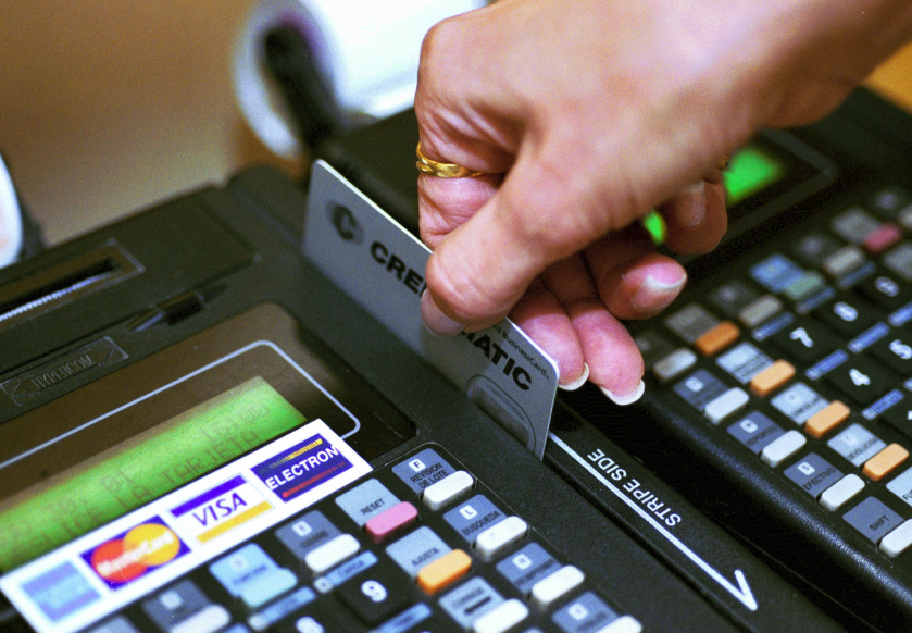 Capturaban banda de clonadores de tarjetas de crédito