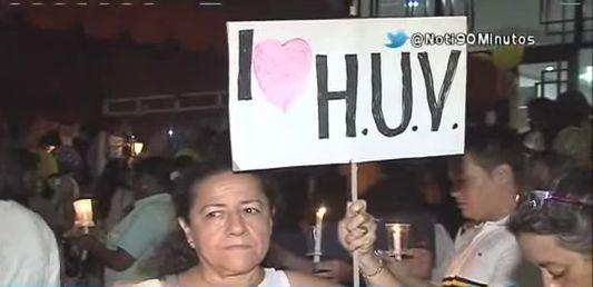 Comunidad formó 'Cordón de luz y de silencio' en apoyo al HUV