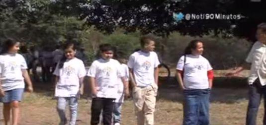 Familia campesina recibió tierras tras 8 años de desplazamiento