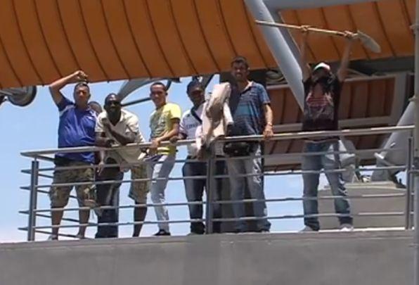 Guardas del Míocable protestaron en estación Brisas de Mayo