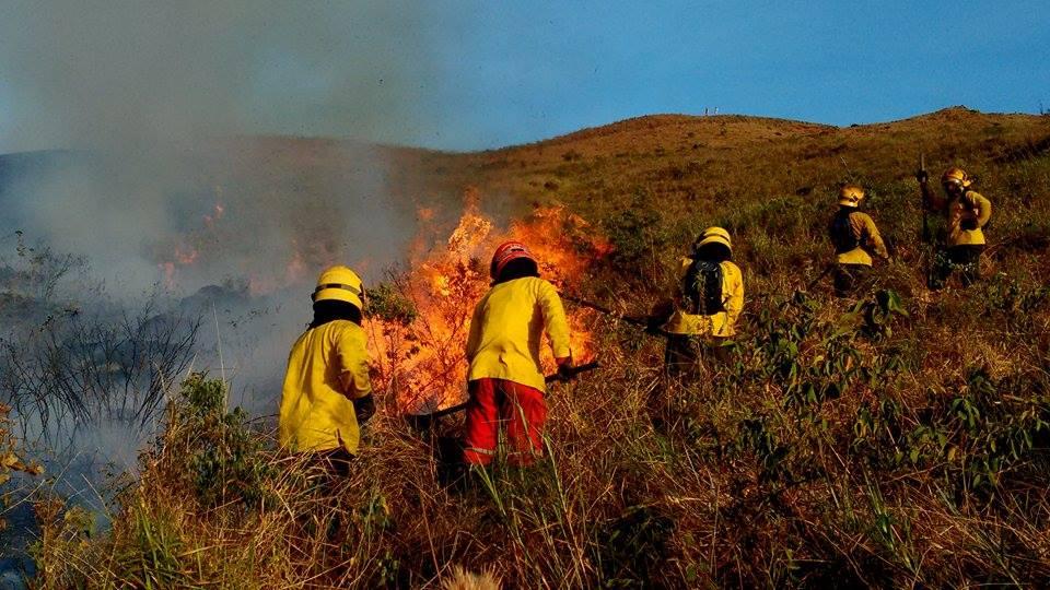 Se reactivaron tres incendios en zona rural de Yumbo