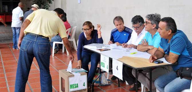 Con completa normalidad transcurre la jornada electoral en Cali