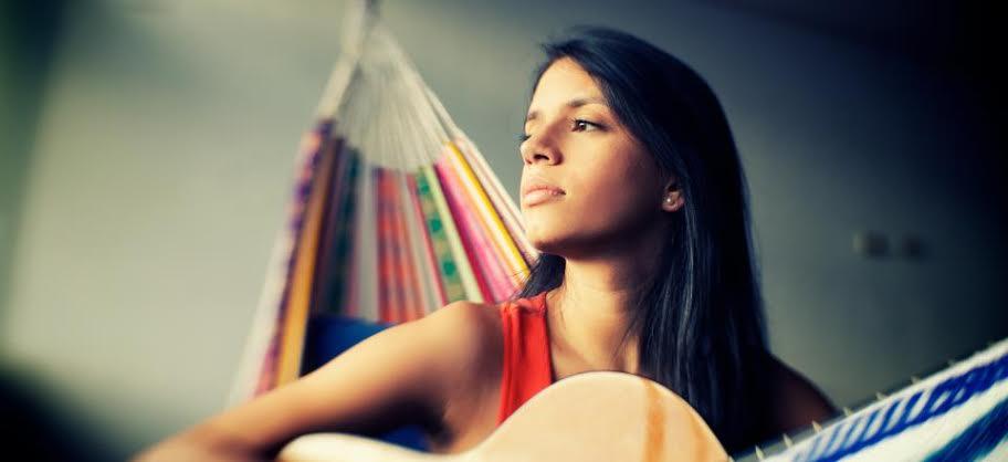 La cantante María Cristina Plata promociona su trabajo artístico en Cali
