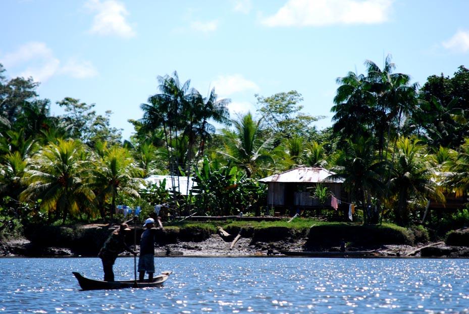 Pacífico, historia de riqueza que no se revierte en desarrollo