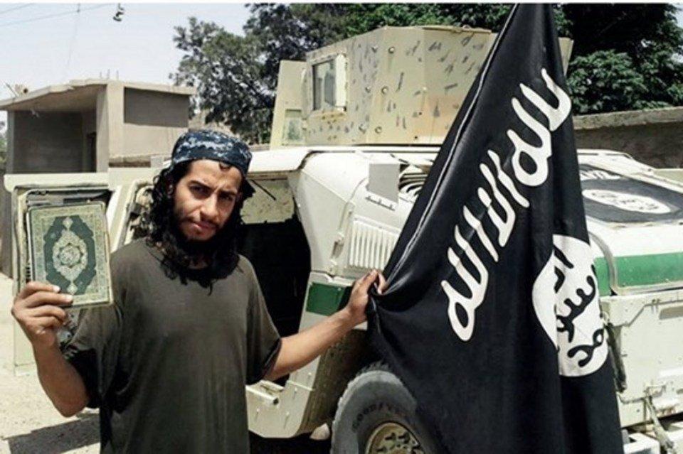 """""""Cerebro"""" de ataques a París, no fue capturado en operativo policial"""