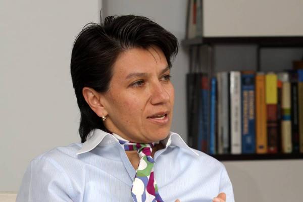 """""""No nos vamos a dejar quitar la curul"""": Claudia López"""