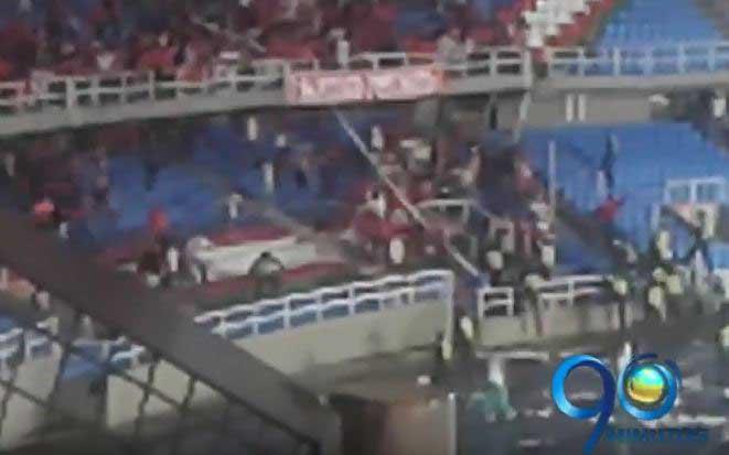 Así se vivió la invasión de hinchas del América en el estadio