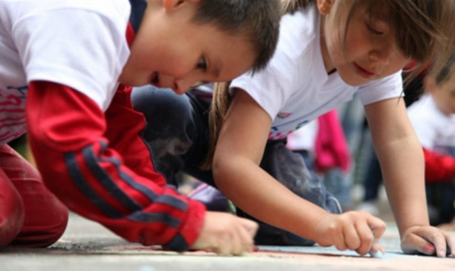 Dos jardines infantiles cerrados por falta de pago a sus empleados