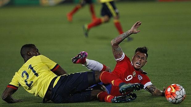 Jackson Martínez descartado para el encuentro frente a Argentina