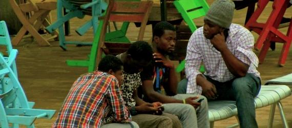 Cinco migrantes africanos detenidos por la Policía Valle