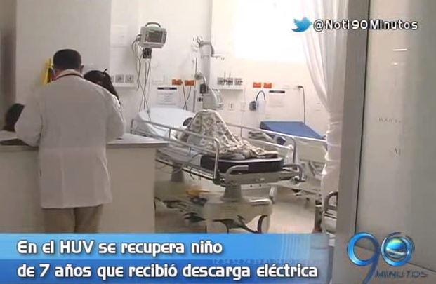 Menor víctima de descarga eléctrica se recupera en el HUV